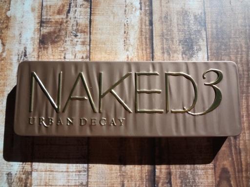 naked 3 case