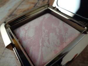 Hourglass-Ambient-Lighting-Blush-Ethereal-Glow-Pan