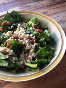 romaine with gorgonzola and walnuts