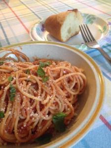 tomato sauce garlic basil